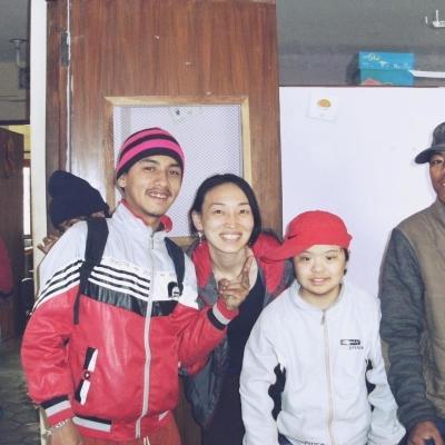 ネパールでチャイルドケアと医療 小島香